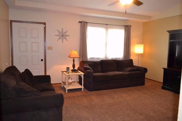 Single Family Residence, Traditional,Ranch - Carlisle, OH (photo 4)