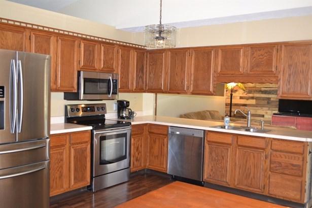Single Family Residence, Traditional,Ranch - Carlisle, OH (photo 5)