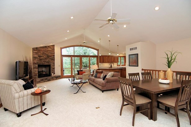 Single Family Residence, Ranch - Colerain Twp, OH (photo 3)