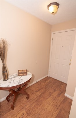 Condominium,Single Family Attached, Traditional - Highland Heights, KY (photo 5)