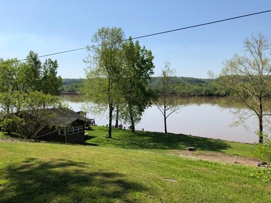 Single Family Residence, Traditional - Huntington Twp, OH (photo 3)