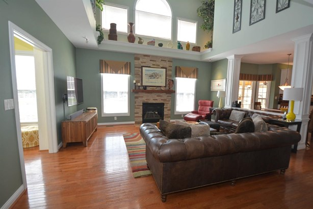 Transitional, Single Family Residence - Deerfield Twp., OH (photo 3)