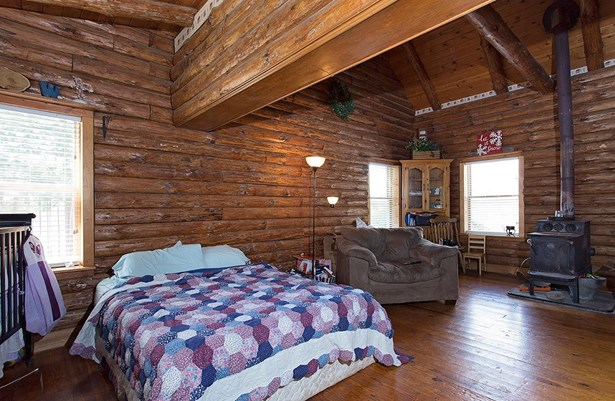 Single Family Residence, Cabin/Rustic - Georgetown, OH (photo 4)