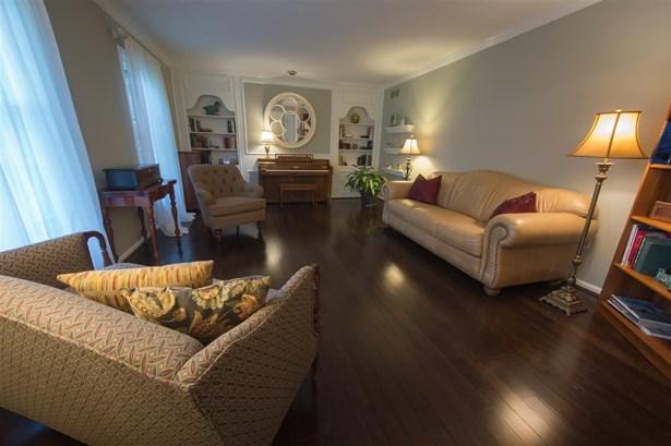 Ranch, Single Family,Single Family Detached - Edgewood, KY (photo 2)