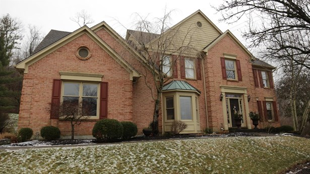 Single Family Residence, Traditional - Newtown, OH (photo 1)