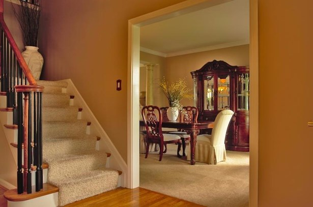 Single Family Residence, Traditional - Newtown, OH (photo 3)