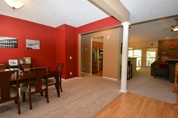 Single Family Residence, Ranch - Miami Twp, OH (photo 2)