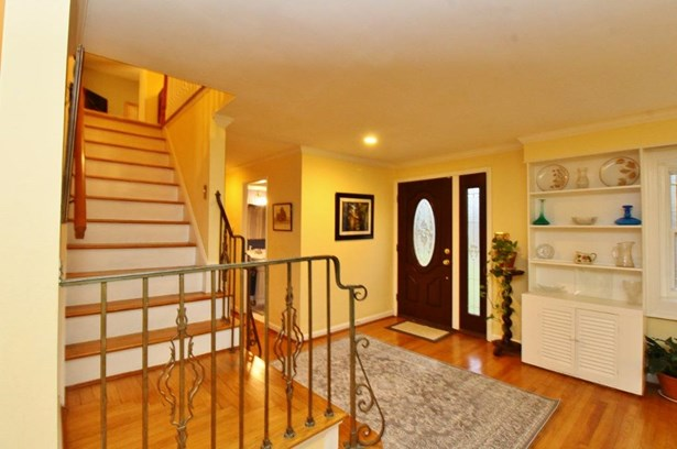 Single Family Residence, Traditional - Anderson Twp, OH (photo 3)