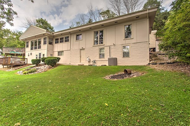Single Family Residence, Traditional,Ranch - Union Twp, OH (photo 2)