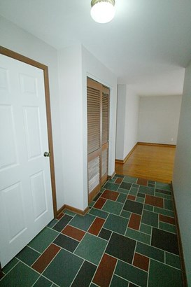 Single Family Residence, Ranch - Franklin, OH (photo 4)