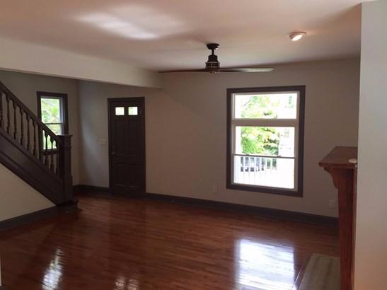 Single Family Residence, Traditional - Cincinnati, OH (photo 4)