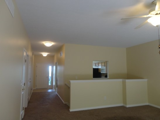 Lando/Patio,Single Family Attached, Traditional - Erlanger, KY (photo 2)