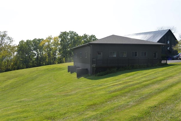 Ranch, Single Family,Single Family Detached - Warsaw, KY (photo 3)