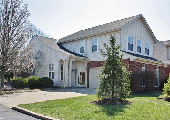Townhouse,Single Family Attached, Traditional - Florence, KY (photo 1)