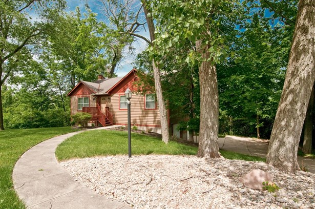 Condominium, Ranch - Green Twp, OH (photo 3)