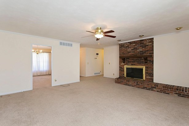 Ranch,Traditional, Single Family Residence - Aberdeen, OH (photo 4)