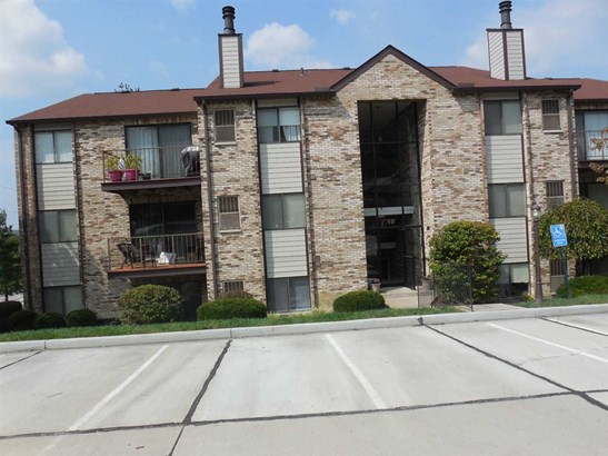Condominium,Single Family Attached, Traditional - Southgate, KY (photo 1)