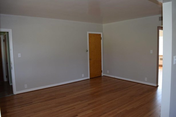 Multi-family,Lease/Rental Mult Fam, Traditional - KY (photo 4)