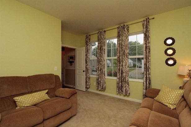 Single Family Residence, Traditional - Batavia Twp, OH (photo 5)