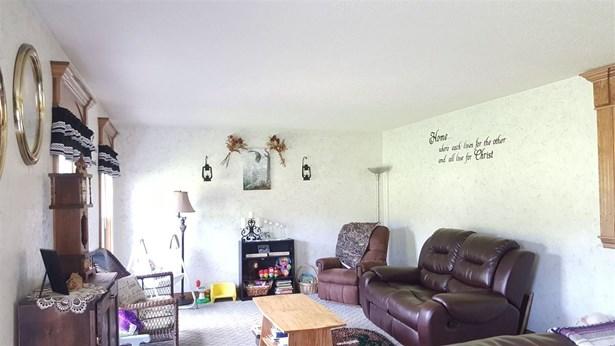 Cape Cod, Single Family,Single Family Detached - Cynthiana, KY (photo 2)