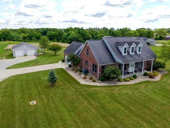 Single Family Residence, Traditional,Cape Cod - Morgan Twp, OH (photo 1)