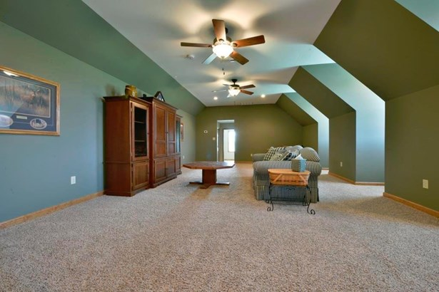 Single Family Residence, Traditional,Cape Cod - Morgan Twp, OH (photo 5)