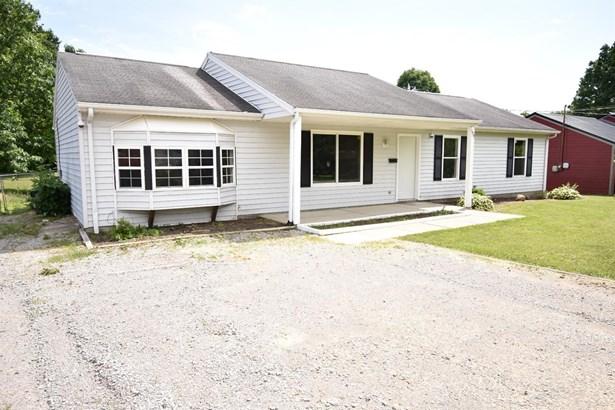 Single Family Residence, Ranch - Bethel, OH (photo 1)