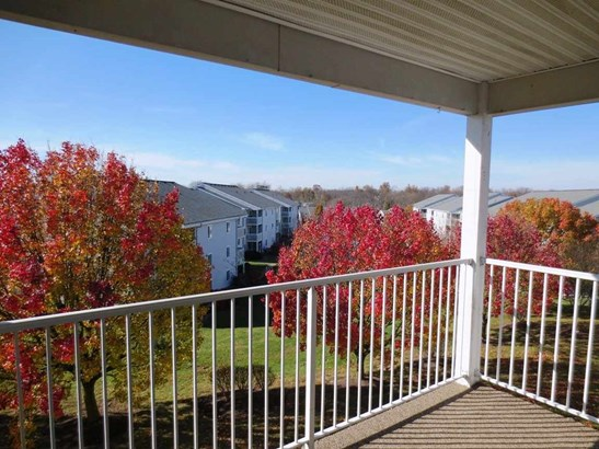 Transitional, Condominium,Lease/Rental Attached - Erlanger, KY (photo 3)