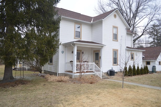 Single Family Residence, Traditional - Loveland, OH (photo 3)