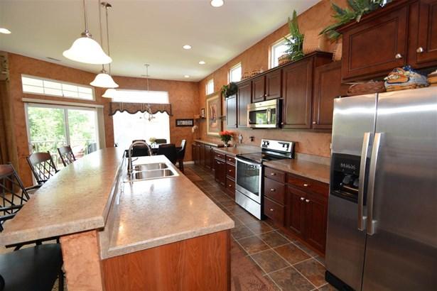 Condominium,Single Family Attached, Traditional - Burlington, KY (photo 3)