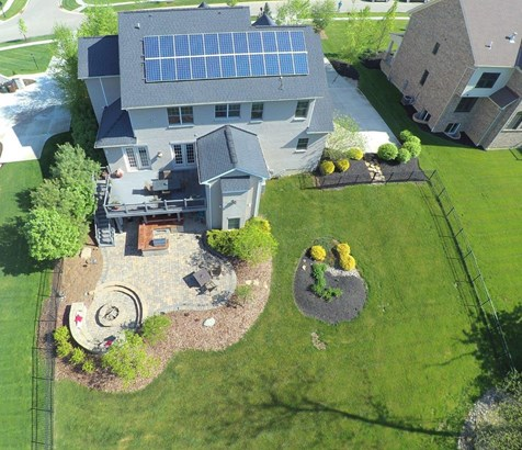 Transitional, Single Family Residence - Miami Twp, OH (photo 3)