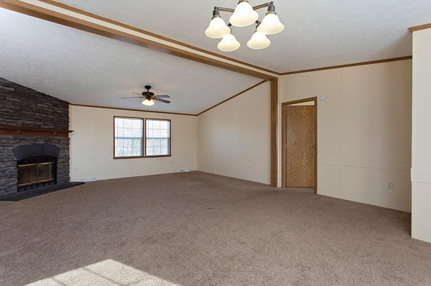 Single Family Residence, Ranch - Dodson Twp, OH (photo 5)