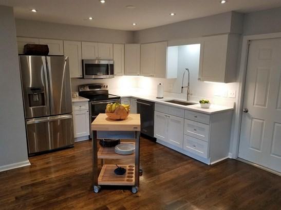 Condominium, Contemporary/Modern - Milford, OH (photo 4)