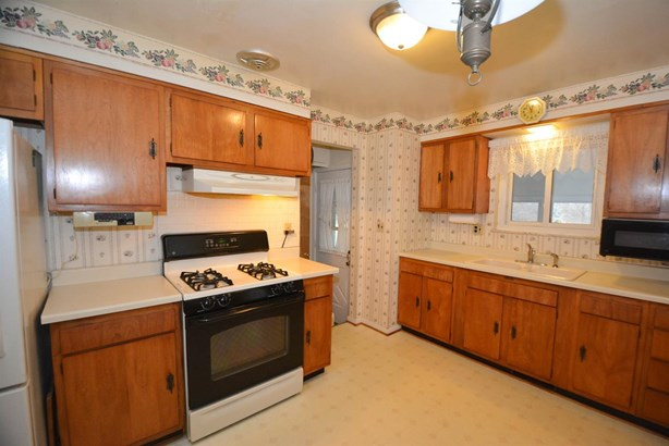 Single Family Residence, Ranch - Sycamore Twp, OH (photo 4)