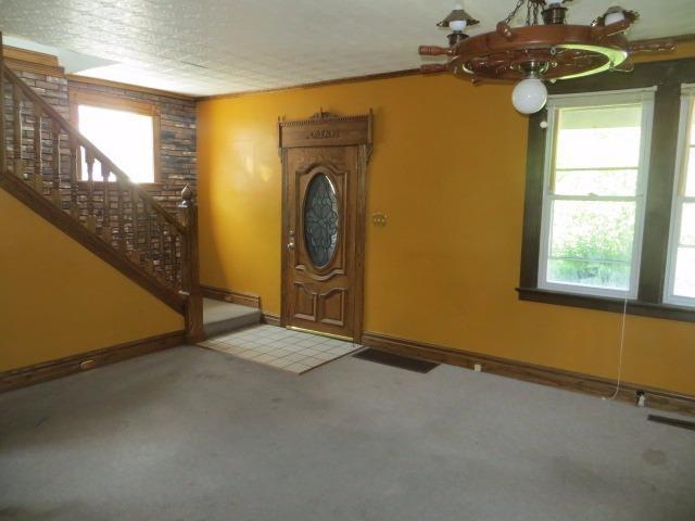 Cape Cod, Single Family Residence - Cheviot, OH (photo 4)