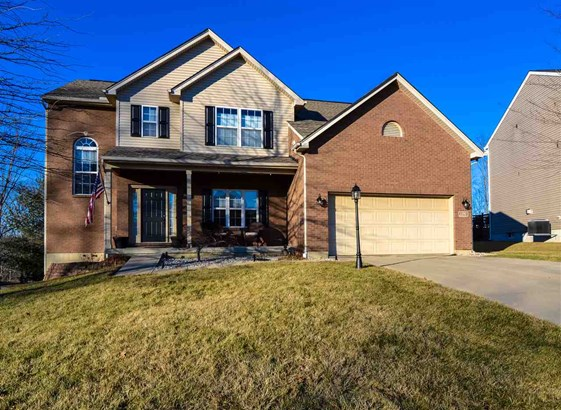 Transitional, Single Family,Single Family Detached - Florence, KY (photo 1)