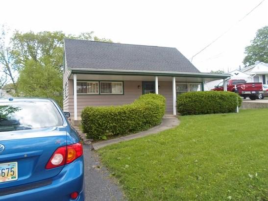 Cape Cod, Single Family Residence - Colerain Twp, OH (photo 2)