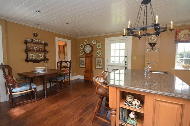 Single Family Residence, Cottage - Glendale, OH (photo 5)