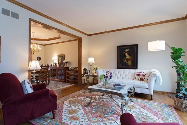 Single Family Residence, Traditional,Tudor - Loveland, OH (photo 3)