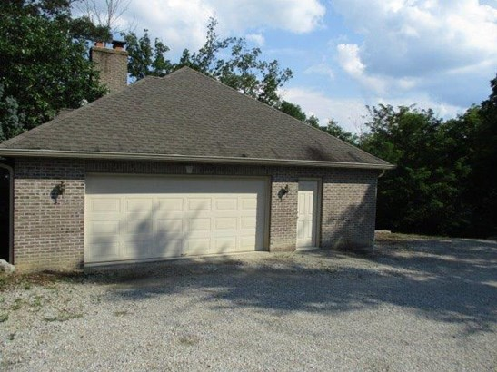 Transitional, Single Family Residence - Harrison Twp, OH (photo 4)