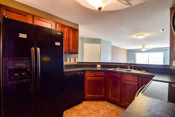 Condominium,Single Family Attached, Other - Covington, KY (photo 5)