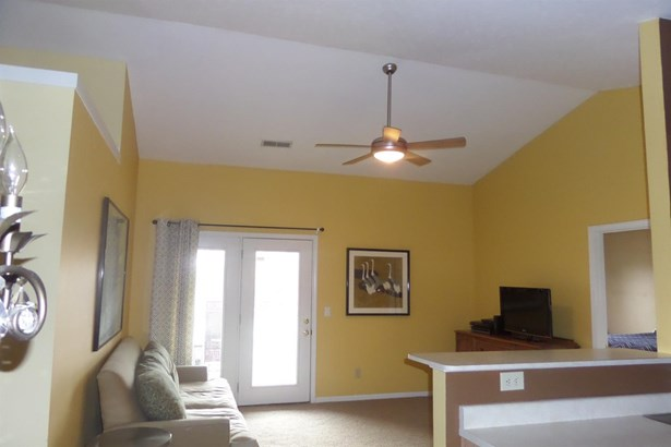 Condominium,Single Family Attached, Other - Erlanger, KY (photo 4)