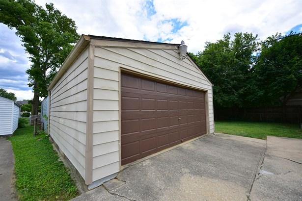 Single Family Residence, Ranch - Hamilton, OH (photo 2)