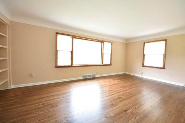 Single Family Residence, Ranch - Hamilton, OH (photo 3)