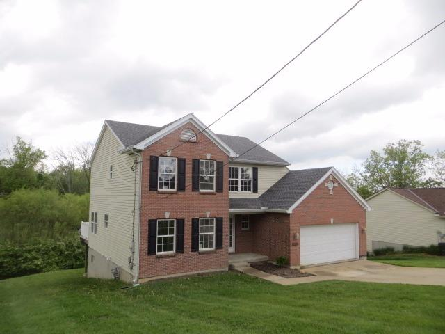 Single Family Residence, Traditional - Colerain Twp, OH (photo 2)