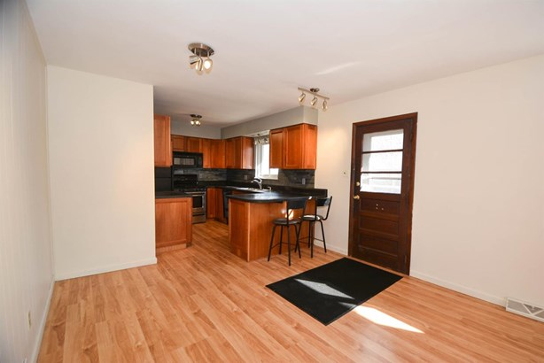 Single Family Residence, Traditional - Glendale, OH (photo 4)