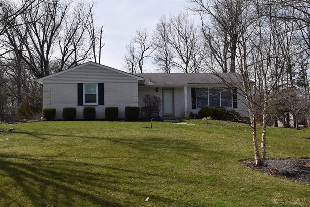Single Family Residence, Ranch - Sharonville, OH (photo 2)