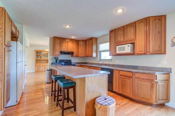Single Family Residence, Traditional - Hamilton, OH (photo 4)