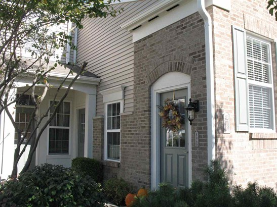 Condominium,Single Family Attached, Traditional - Ludlow, KY (photo 1)