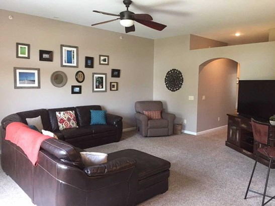Condominium,Single Family Attached, Traditional - Ludlow, KY (photo 5)